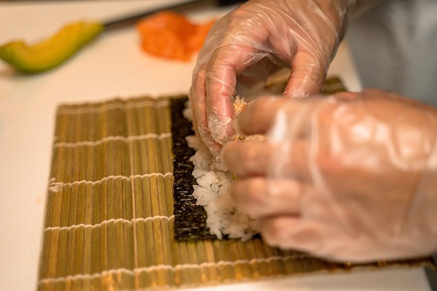 sushi preparazione